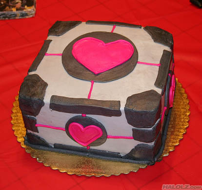 Companion Cube Cake